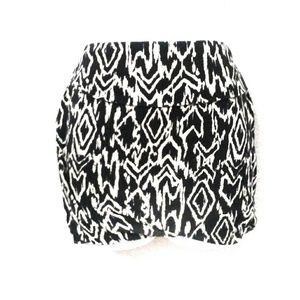 Black and white charlotte russe mini skirt
